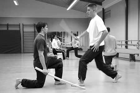Iaido Partnerübung mit Holzschwert