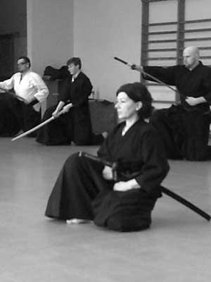 Sitzen im Iaihiza, Kata Tzukaate